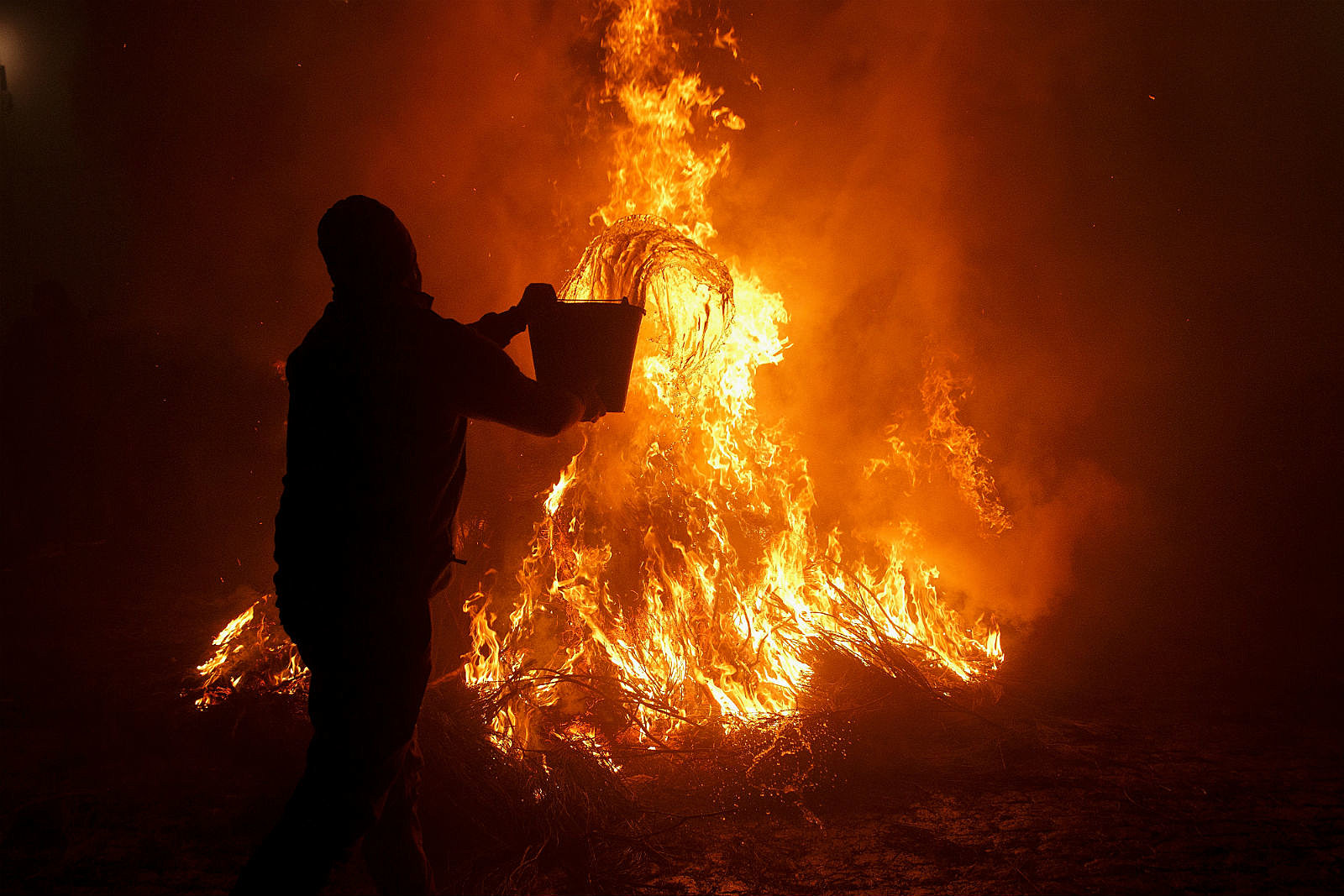 Fire_ Pablo Blazquez Dominguez/Getty